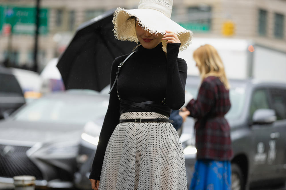 New York Fashion Week NYFW Street Style Street Snaps Hat Tan Top Black Skirt Grey