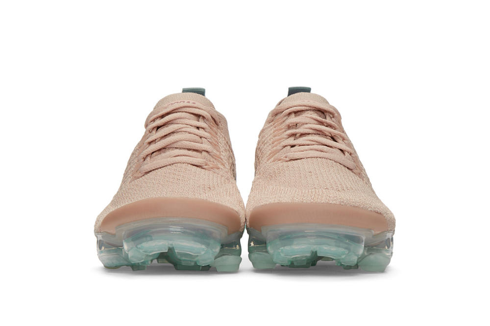 sports shoes d6395 ec2ae Nike Air VaporMax Flyknit 2.0