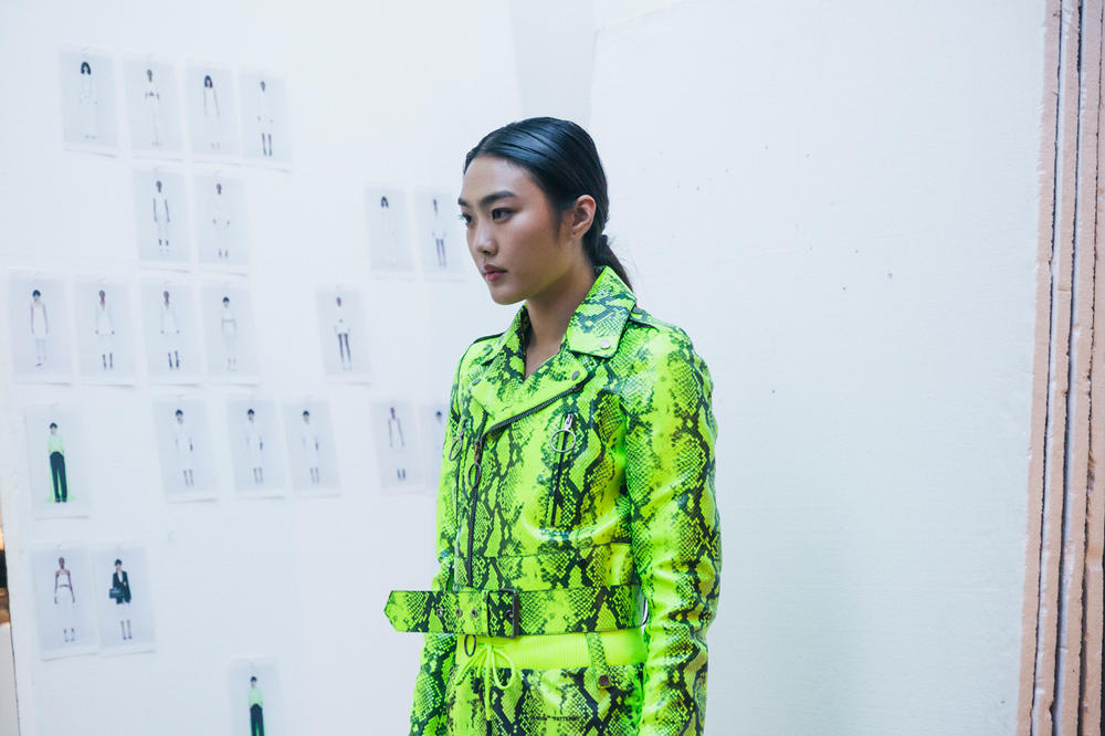 Off-White Virgil Abloh Spring Summer 2019 Paris Fashion Week Show Backstage Snakeskin Jacket Shorts Green