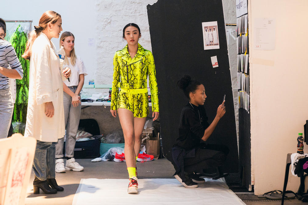Off-White Virgil Abloh Spring Summer 2019 Paris Fashion Week Show Backstage Snakeskin Jacket Shorts Green Nike React Vapor Street Flyknit Yellow Blue