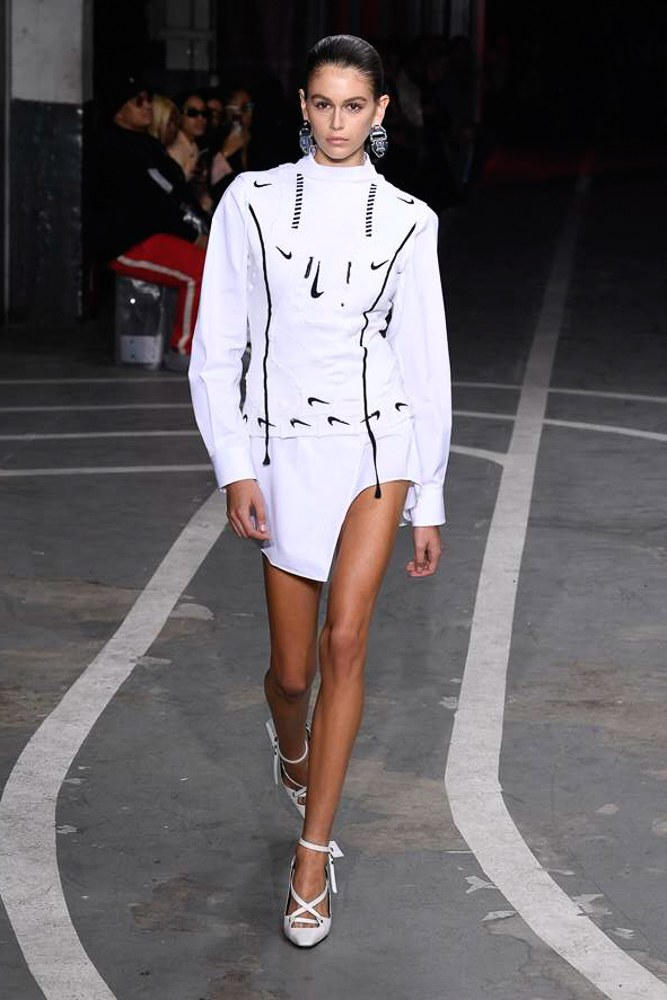 Nike Off-White Virgil Abloh SS19 Runway Show Paris Fashion Week Track and Field Kaia Gerber