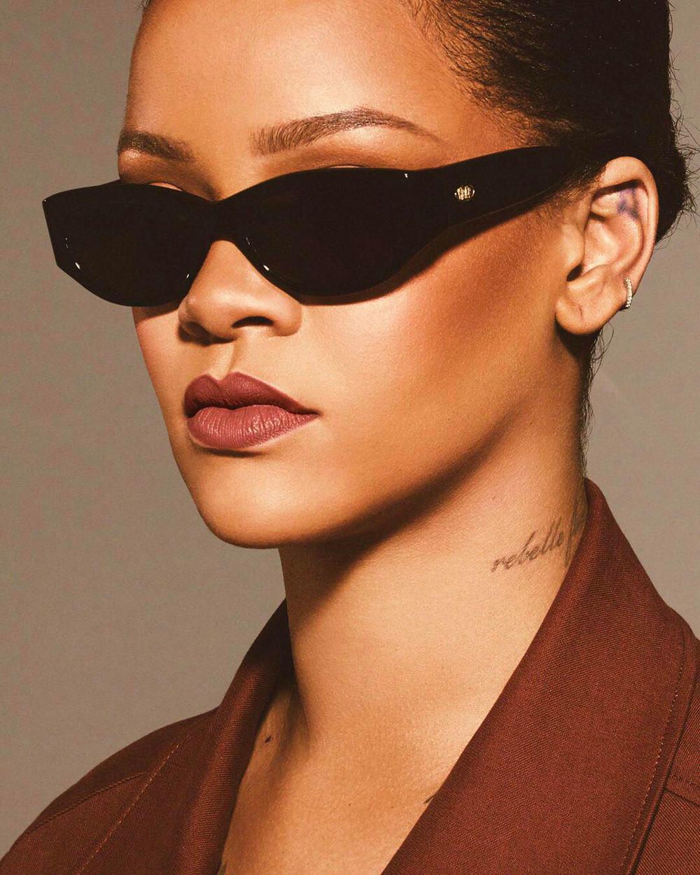 Rihanna Fenty Beauty Uncuffed Stunna Lip Paint Lipstick Crap Eyewear The Funk Punk Sunglasses Black