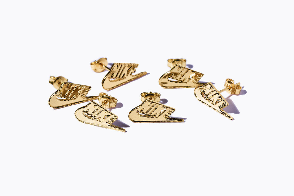 Supreme x Nike Fall Winter 2018 Collection Gold Swoosh Earrings