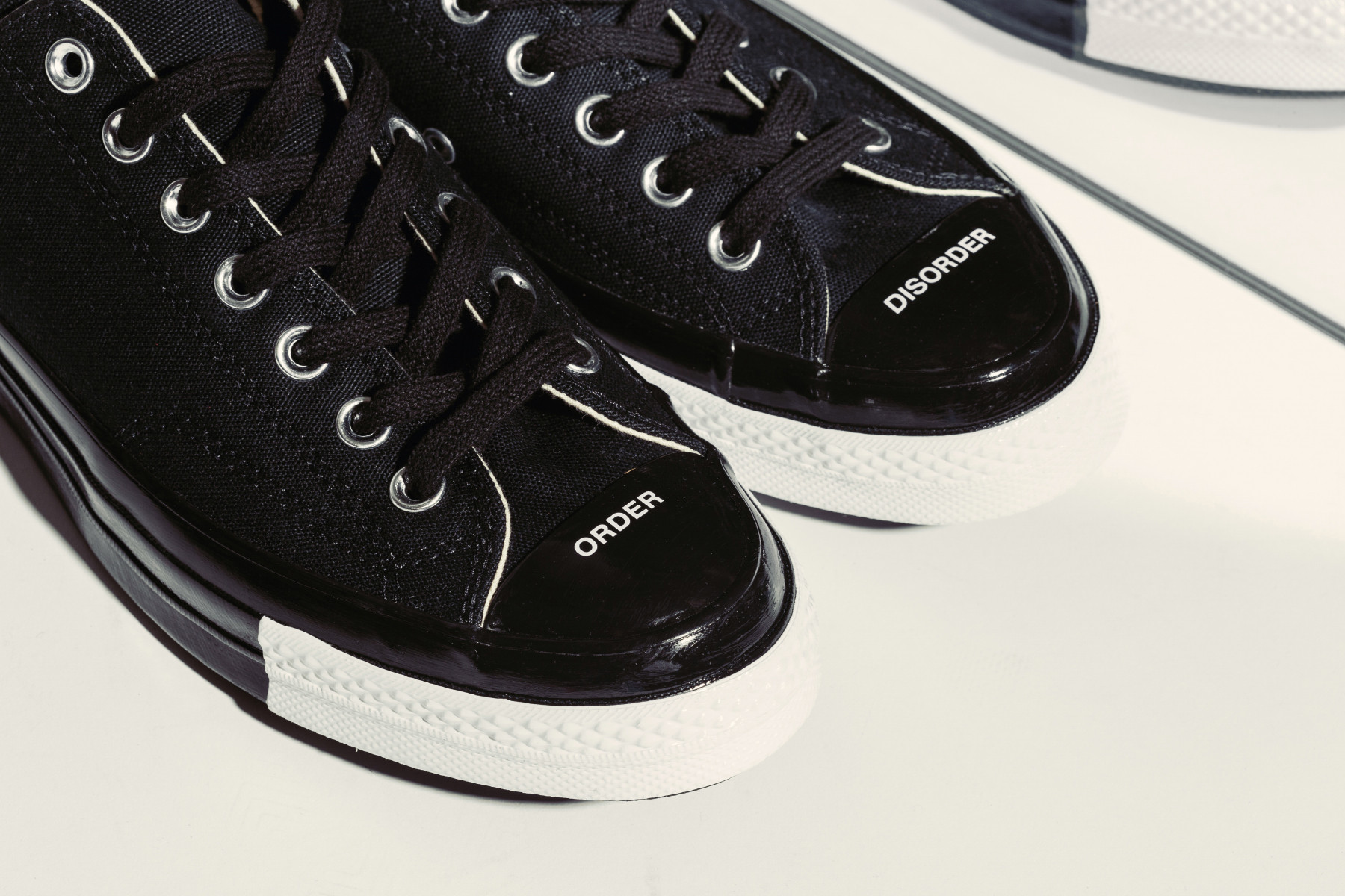 UNDERCOVER x Converse Order and