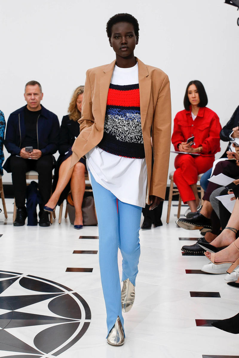 Victoria Beckham Spring Summer 2019 London Fashion Week Show Collection Blazer Tan Knit Shirt White Red Trousers Blue
