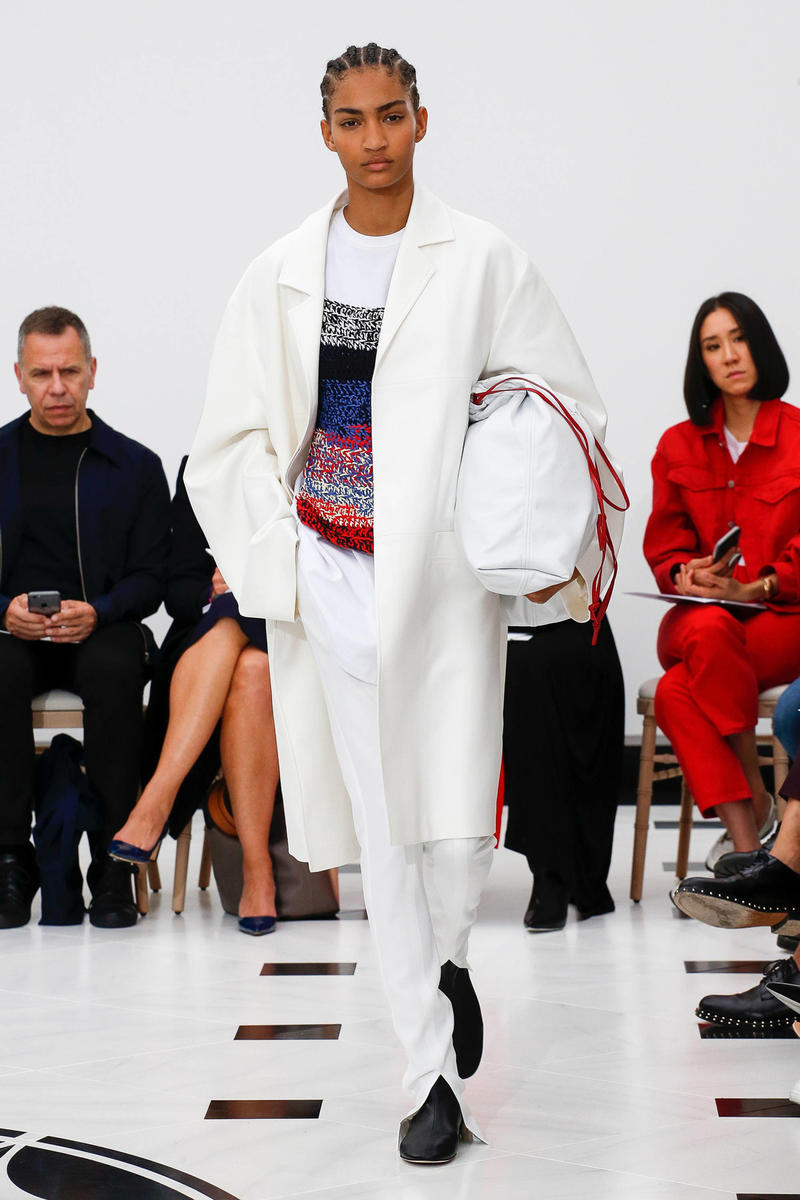 Victoria Beckham Spring Summer 2019 London Fashion Week Show Collection Blazer Trousers White