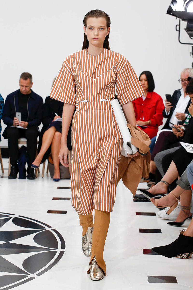 Victoria Beckham Spring Summer 2019 London Fashion Week Show Collection Dress Trousers White Red