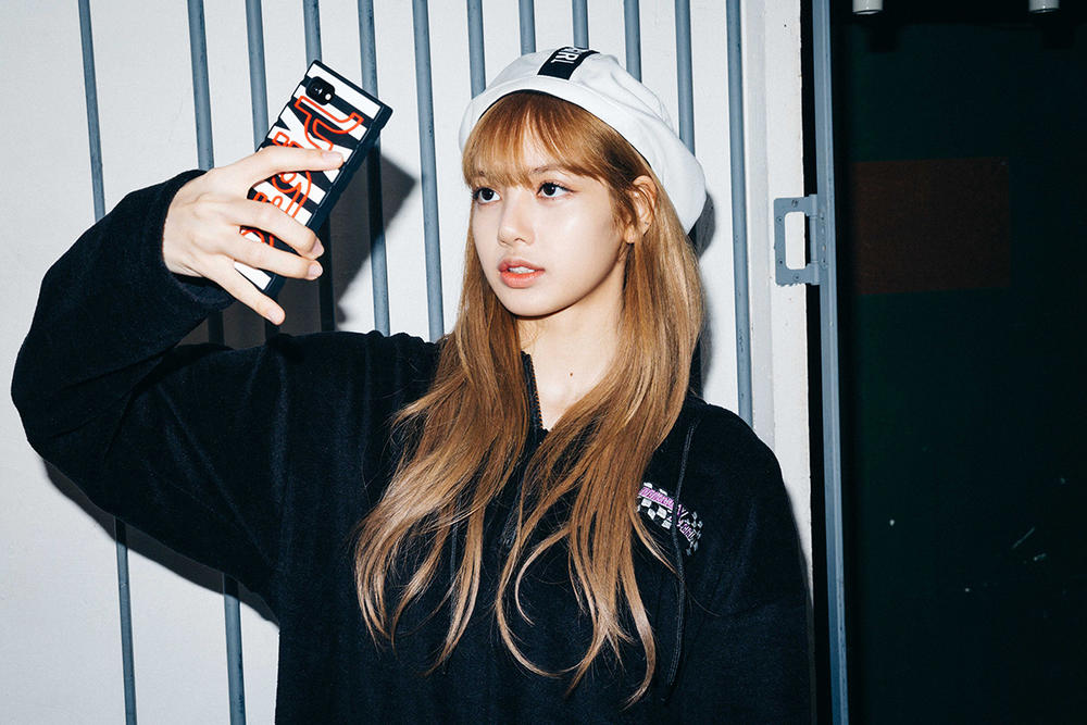 X-Girl Nonagon Blackpink Lisa Campaign Collaboration K-Pop Black Hoodie White Hat