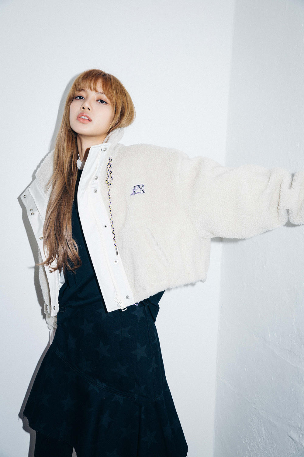 X-Girl Nonagon Blackpink Lisa Campaign Collaboration K-Pop White Jacket