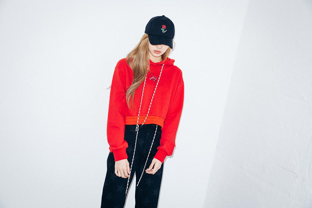 X-Girl Nonagon Blackpink Lisa Campaign Collaboration K-Pop Red Hoodie Black Pants Cap