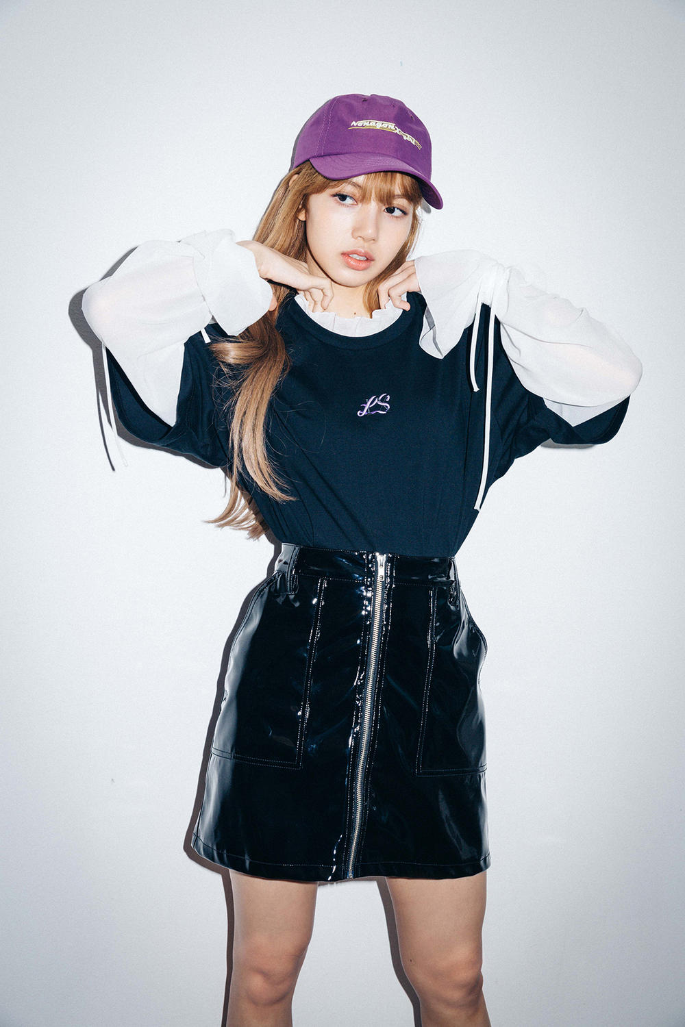 X-Girl Nonagon Blackpink Lisa Campaign Collaboration K-Pop Purple Cap Black Vinyl Skirt