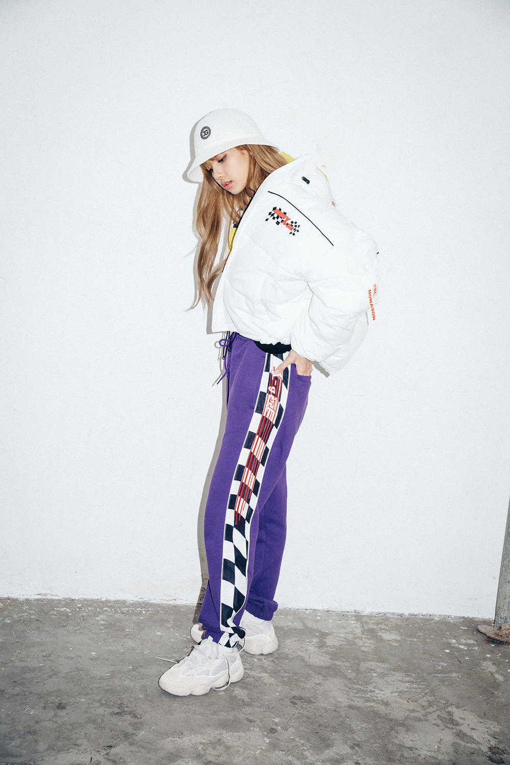 X-Girl Nonagon Blackpink Lisa Campaign Collaboration K-Pop White Jacket Hat Purple Pants