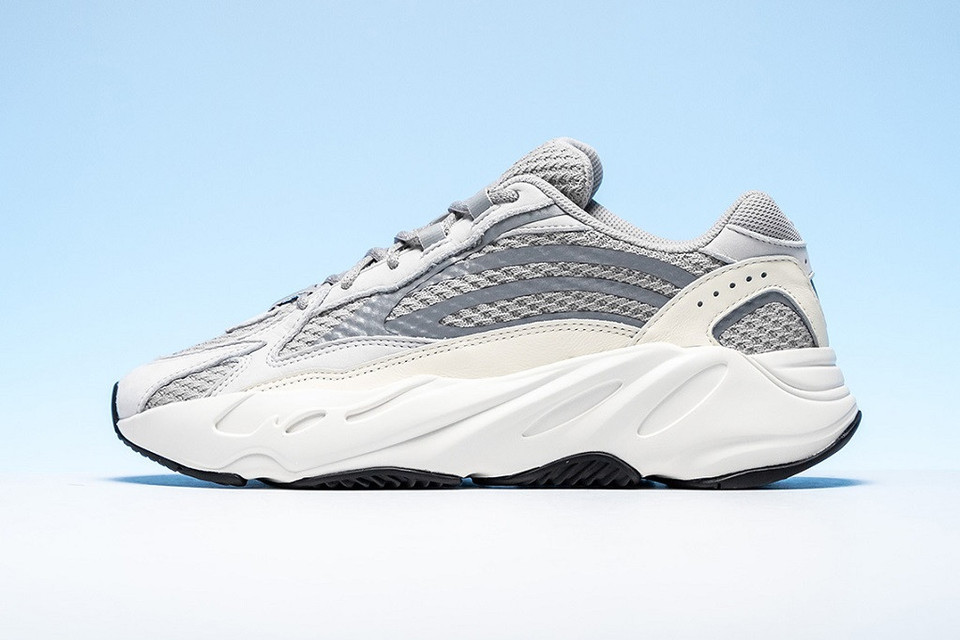 76c5fdc62 Take a Closer Look at the adidas YEEZY BOOST 700 V2