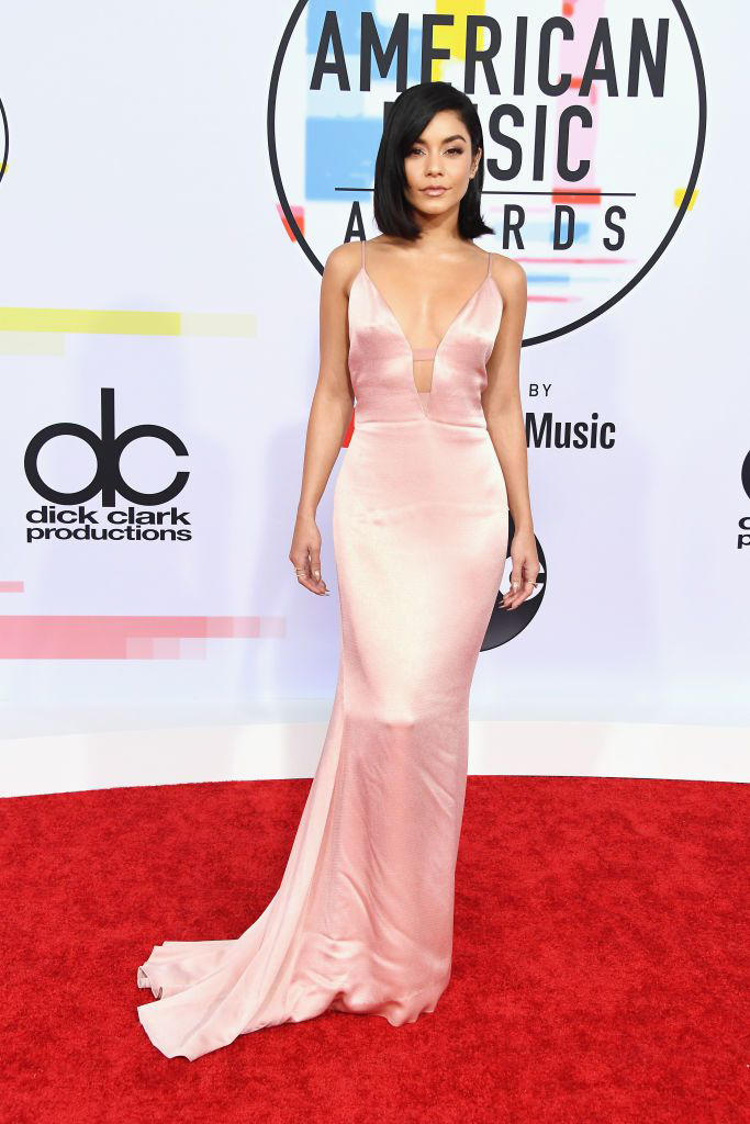Vanessa Hudgens American Music Awards AMAs 2018 Red Carpet