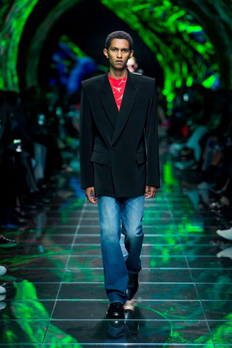 Balenciaga Spring Summer 2019 Show Collection Paris Fashion Week Blazer Black Top Red Jeans Blue