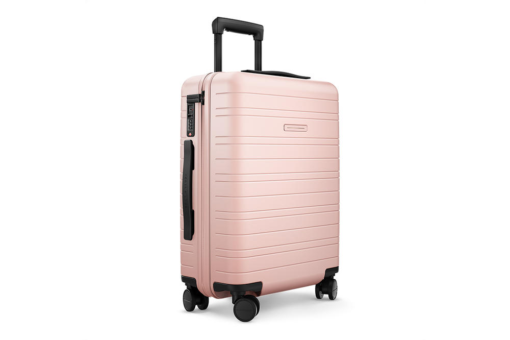 Horizn Studios Pale Rose Pink Luggage Suitcase Travel Set Phone Charger