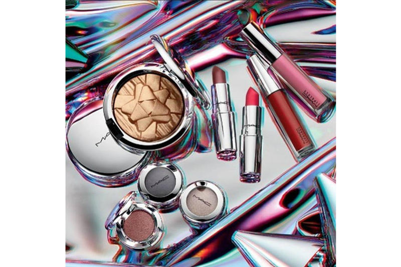 MAC Holiday 2018 Makeup Collection Glow Getter Kit Pink Lipglasses Lipsticks