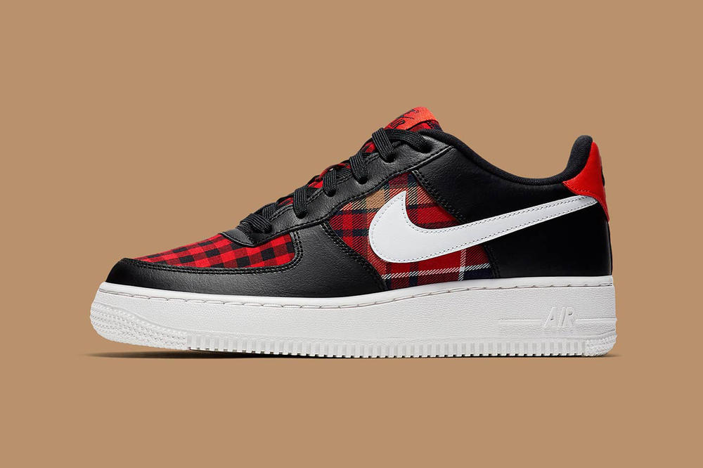 separation shoes a841f 6438b Nike Air Force 1 Black White Habanero Red Flannel