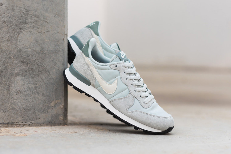 The Nike Internationalist Gets Reworked in Baby Blue e1dc2decc