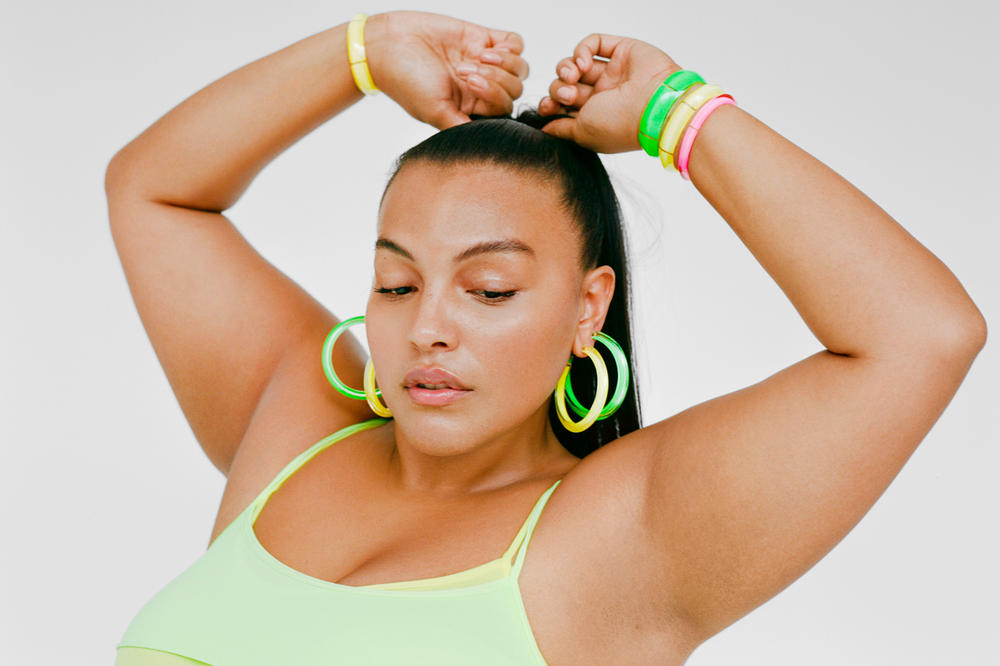 LOUCITE by Alison Lou Paloma Elsesser Campaign Medium Jelly Hoops Cuff Set Neon Green Yellow Pink
