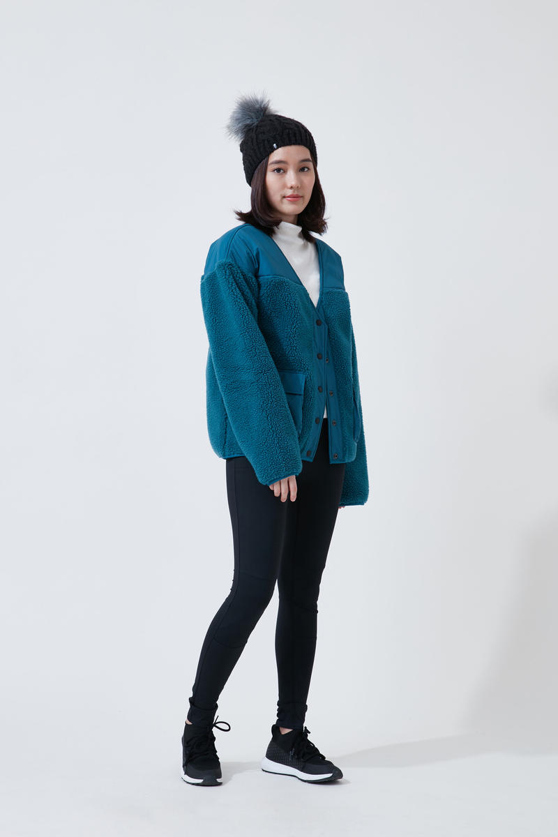 The North Face Urban Exploration Black Series Fall Winter 2018 Cardigan Blue Leggings Black