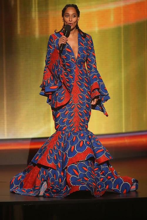 2018 American Music Awards Tracee Ellis Ross Lavie by CK Dress Red Blue