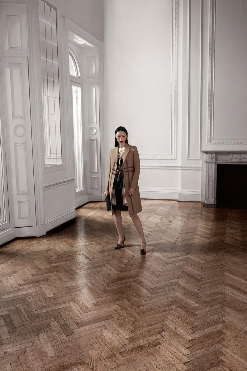 Burberry Riccardo Tisci Pre-Fall 2019 Collection Blazer Tan Dress Black