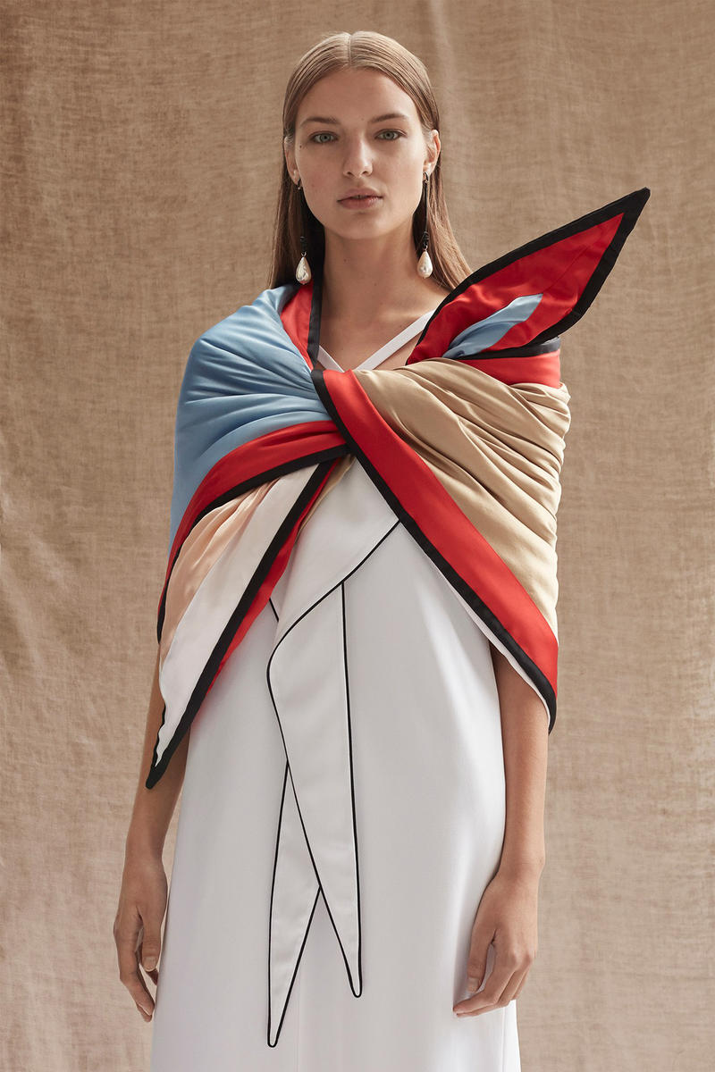 Burberry Riccardo Tisci Pre-Fall 2019 Collection Scarf Top Blue White Red