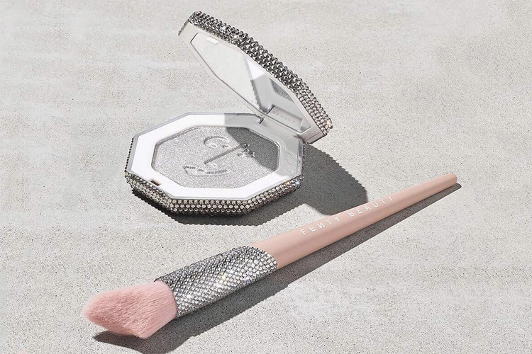 f1eb5fc55aa This Limited-Edition Fenty Beauty Killawatt Highlighter Is Covered in  Swarovski Crystals