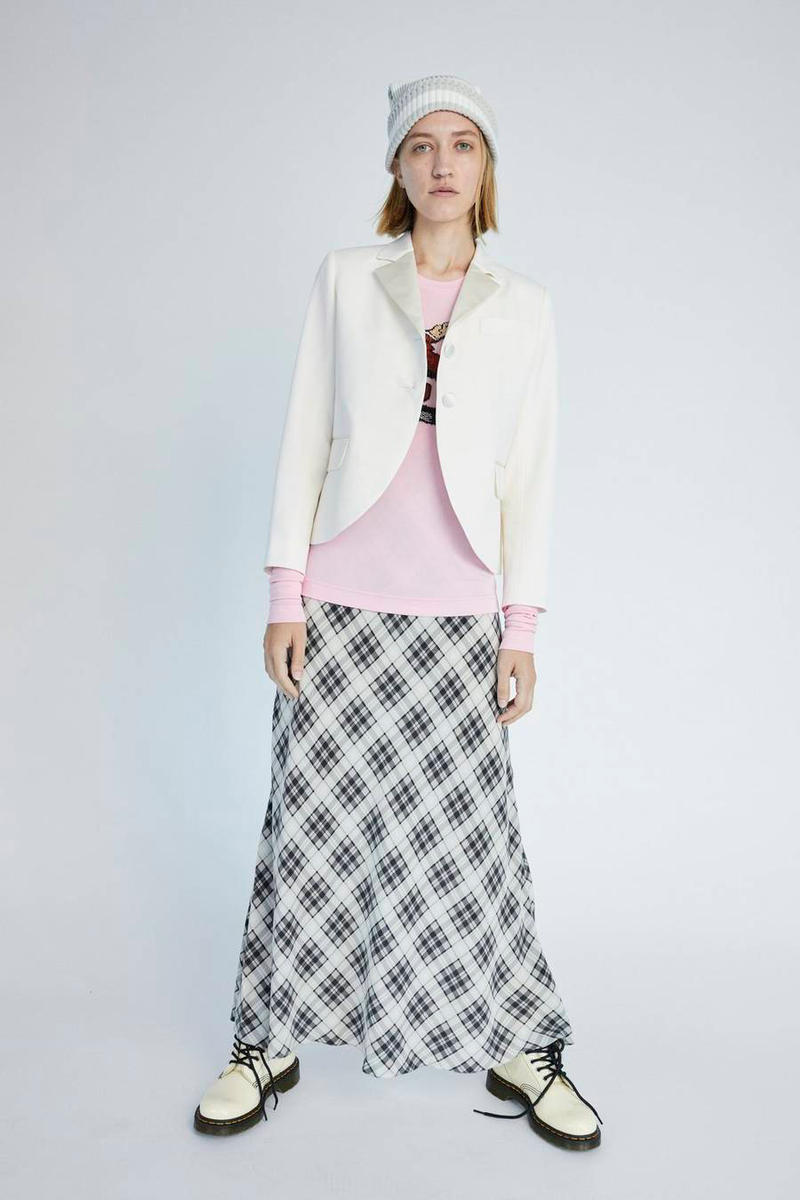 Marc Jacobs Resort 2019 Redux Collection R. Crumb Beaded Long Sleeve Tee Plaid Strap Dress White Black
