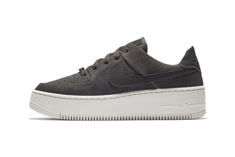 Nike Air Force 1 Sage Low Night Stadium Phantom