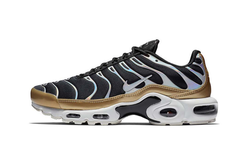 finest selection cea93 6a2e1 Nike Air Max Plus in Black Metallic Gold Iridescent Women s Sneakers  Trainers