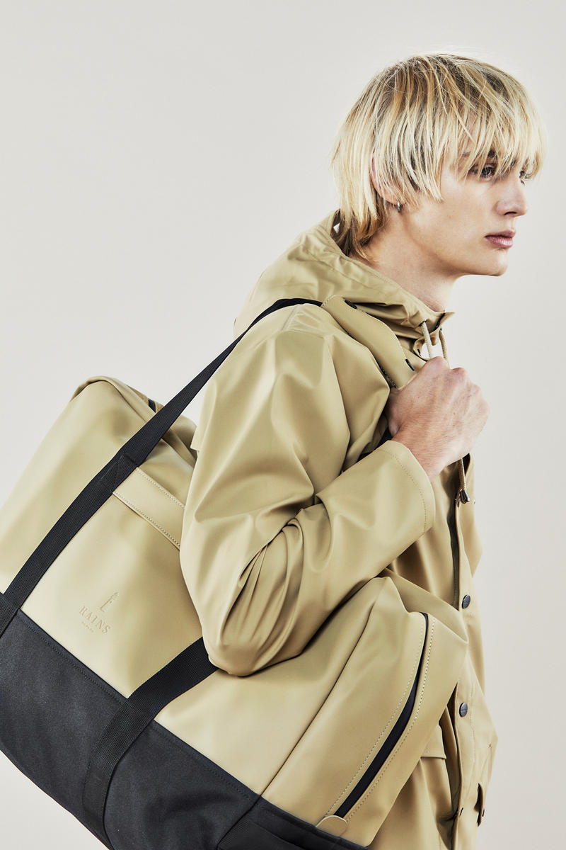 Rains Fall/Winter 2018 Campaign Jacket Tote Desert