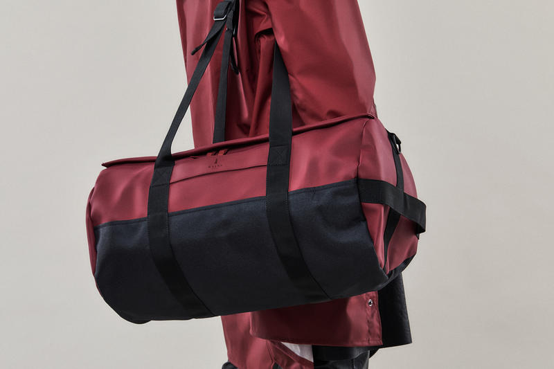 Rains Fall/Winter 2018 Campaign Long Jacket Duffle Bag Scarlet