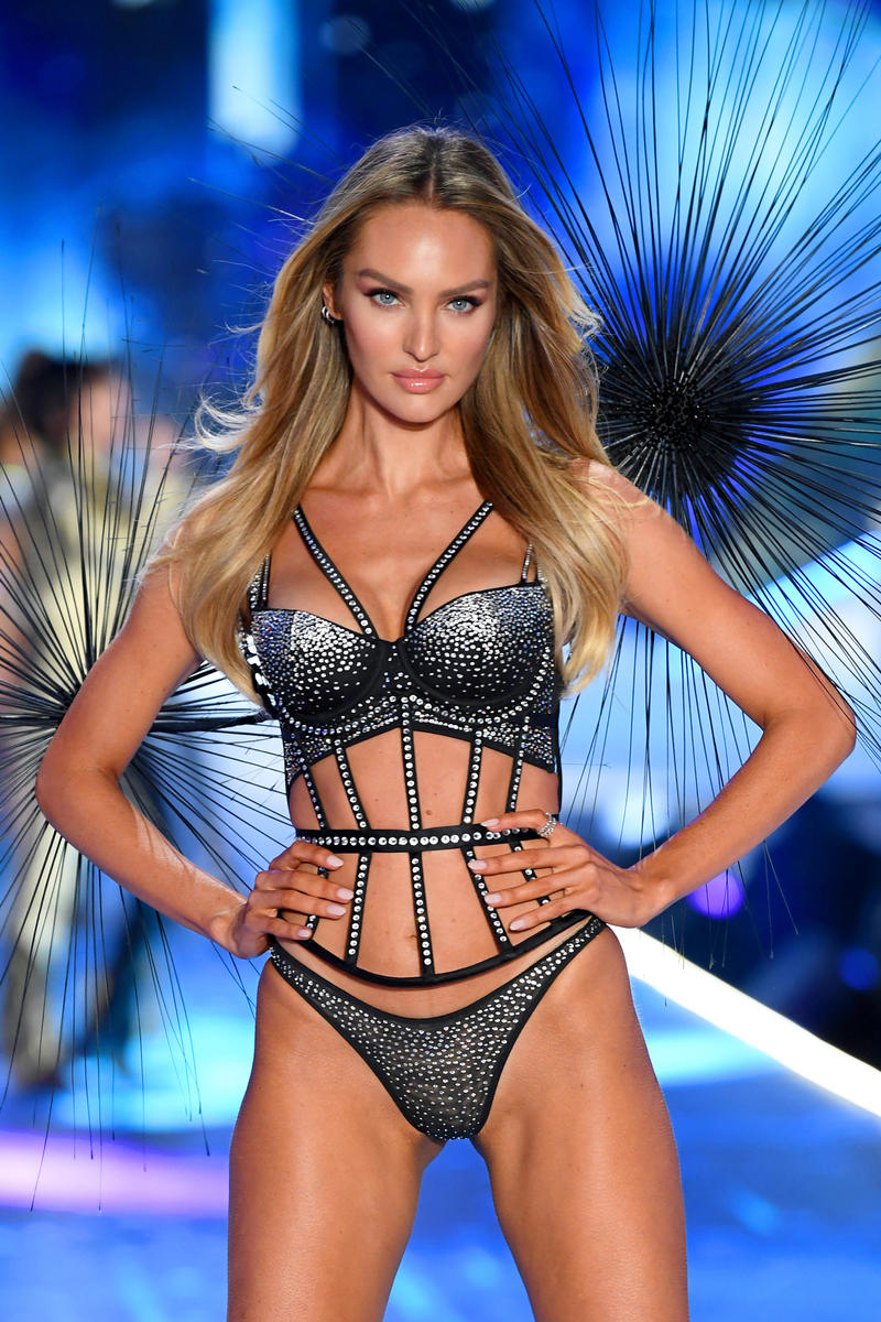 2018 Victoria's Secret Fashion Show Candice Swanepoel