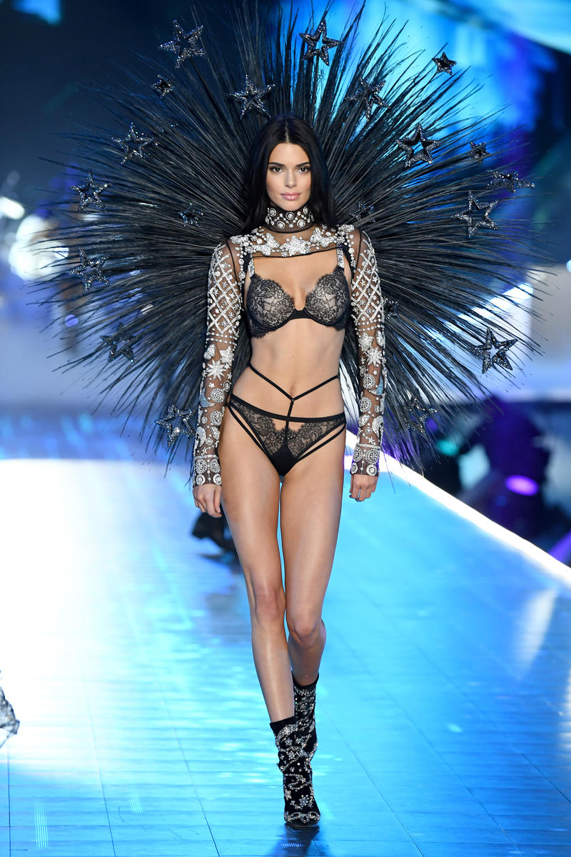 2018 Victoria's Secret Fashion Show Kendall Jenner