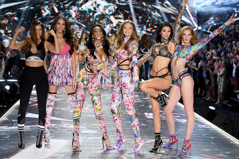 2018 Victoria's Secret Fashion Show Barbara Palvin Winnie Harlow Kendall Jenner Gigi Hadid