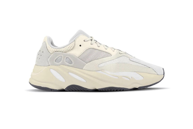 "adidas Originals YEEZY BOOST 700 ""Analog"" Sneaker Kanye West Release Shoe Drop"