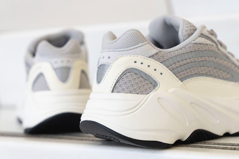 adidas YEEZY BOOST 700 V2 Static