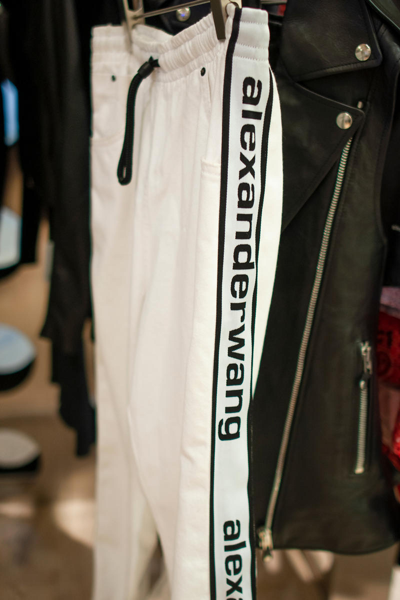 Alexander Wang Spring 2018 COLLECTION 2 Sweatpants White