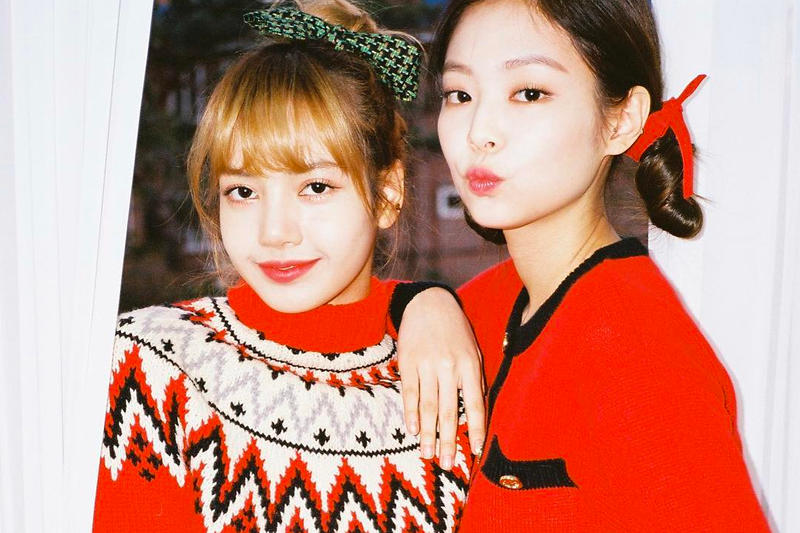 Jennie Blackpink Lisa Christmas Red K-pop Outfits Korean