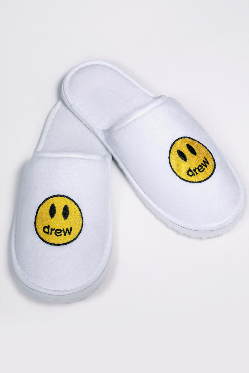 Drewhouse Cheap Hotel Slippers White Yellow