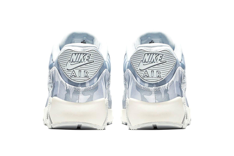 Nike's Air Max 90 in Pure Platinum
