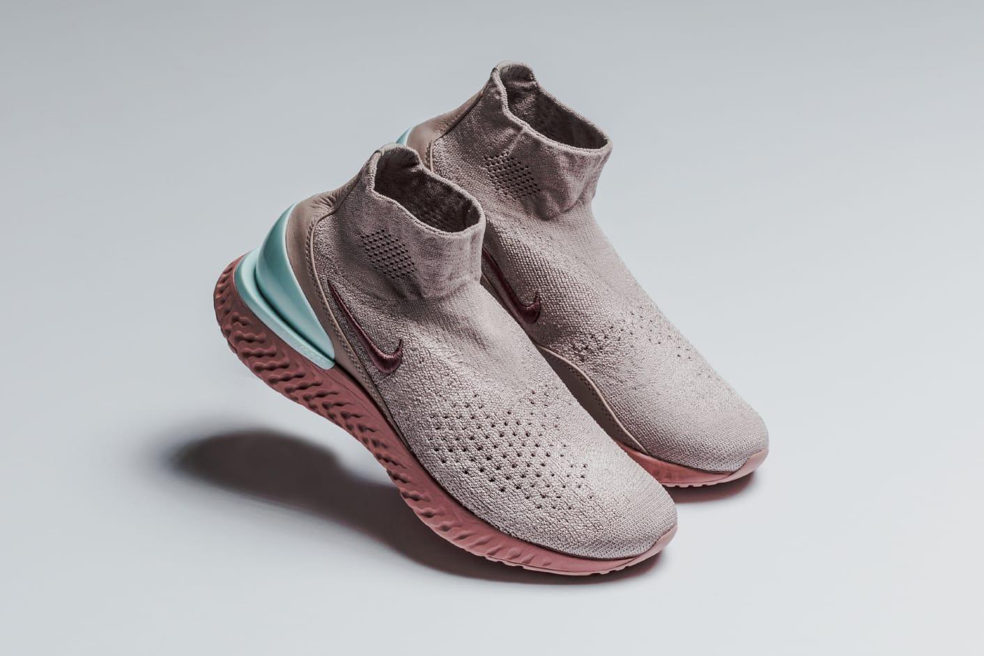 Nike Rise React Sneaker Dusky Pink