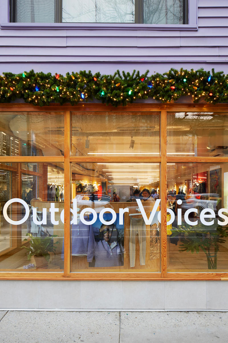 Outdoor Voices Opens New Chicago Store Athleisure Garments Shop Boxing Gym