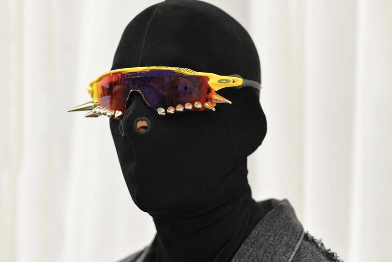 589bd839b4 Pre-order Vetements x Oakley Sunglasses Collab Studded Spiked Shades Sporty  SS19