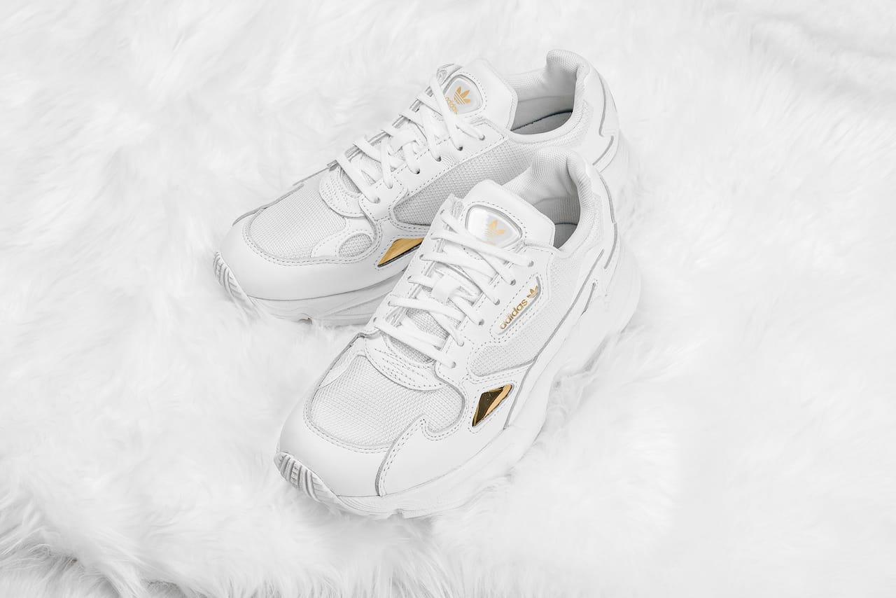 adidas Originals Falcon in \