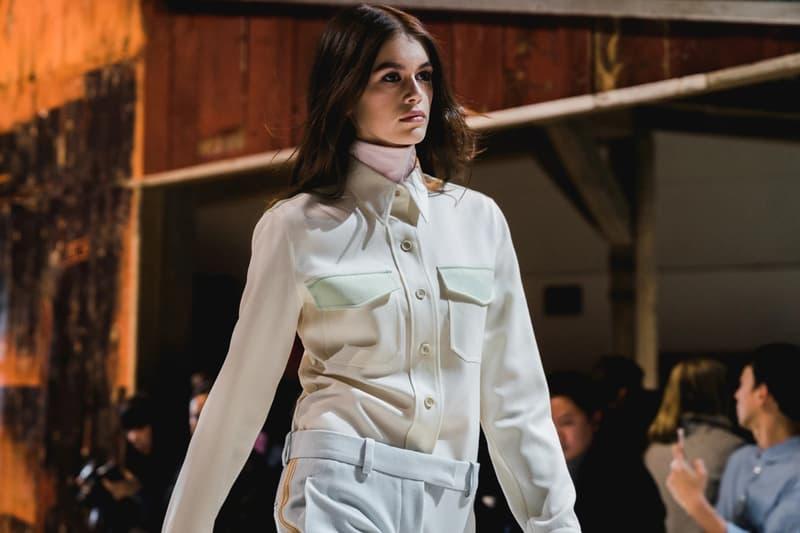 Calvin Klein Fall Winter 2018 New York Fashion Week Kaia Gerber Collared Shirt White