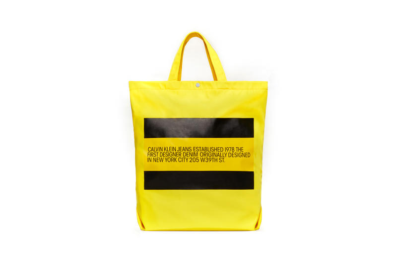 CALVIN KLEIN JEANS EST. 1978 Delivery 2 Drop 02 Tote Yellow