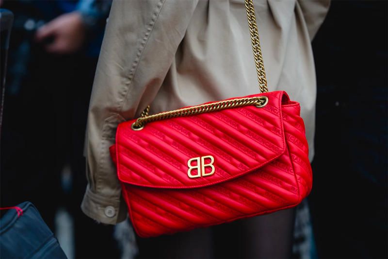 Balenciaga bag chain red gold